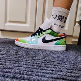 图3_耐克 Nike Air Jordan 1 Low Multicolor 星云 AJ1 乔1 低帮潮流缓震运动休闲板鞋 官方货号 CW0 909
