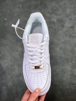 图2_核心放店公司级版本 耐克 Nike Air Force 1 Low Retro AF1 3M满天星系列 空军一号低帮百搭休闲运动板鞋 独特设计 注入了3M反光设定让整双鞋在黑暗中 更能呈现出不同的前卫样貌机能感 科技感十足 3M反光 AH0287 012尺码 36 36 5 37 5 38 38 5 39 40 40 5 41 42 42 5 43 44 45