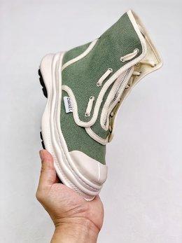 图3_终端放店Chanel 网红单品全新推出2020 CHAN小香布鞋 原版1 1开发 出货 脚感 做工 细节 都是无可挑剔 垫脚采用羊皮 私模独家开发大底 回弹力脚感极佳 35 39