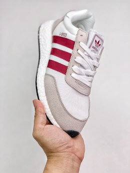 图3_支持放店adidas Originals I 5923 清新鞋款adidas 旗下无论是专业跑鞋还是休闲鞋款 应用 Boost 缓震科技的都基本可以得到消费者的认可 作为老鞋面新中底的混血代表 曾经的 Iniki Runner 如今改名的 I 5923 一直是秉承 Boost 优异脚感的极佳选择 SIZE 36 45