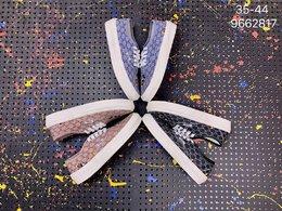图1_万斯Vans Authentic低帮帆布米老鼠迪士尼联名 休闲运动板鞋 编码 9662817