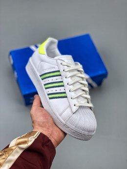 图3_Adidas 阿迪达斯 Superstar 贝壳头运动休闲板鞋 采用新型Ortholite鞋垫透气防汗 区别市面通货 尺码 36 36 36 5 37 38 38 5 39 40 40 5 41 42 42 5 43 44