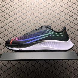 图1_Nike Zoom Pegasus 37 登月37代 超轻网面透气跑步鞋 CV0266 001 公司级品质做工 鞋盒钢印 QC尺码表 合格证 区分市面通货版本 尺码 36 36 5 37 5 38 38 5 39 40 40 5 41 42 42 5 43 44 44 5 45 编号 25DTNMJ