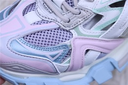 图1_纯原版 巴黎世家老爹鞋系列 巴黎世家 Balenciaga 巴黎世家4 0老爹鞋 浅紫粉淡蓝白货号 568615 W2GN3 9045