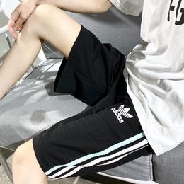 图2_adidas 三叶草四色短裤超好看的一款马卡龙色短裤 颜色巨夏天 料子是滑滑的 手感超好 非常凉快 阿迪达斯每年都火侧边三道杠设计薄荷绿和蜜桃粉就是这个夏天的专属四色可选超百搭噢 版型宽松直筒 无身材限制 男女同款 可做情侣装颜色 黑 白 粉 蓝 尺码 M XLM 裤长50臀围100L 裤长52臀围104XL 裤长54臀围108松紧腰 不限腰围手工测量 存在1 3cm误差