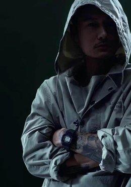 图2_全套包装 小票证书手提袋 CASIO卡西欧DW 5600经典方形手表井 表带进口树脂 24小时指示 倒计时 闹铃 表壳橡胶 表面矿物强化玻璃镜面 电子机芯数字显示