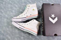 图1_终于来了 小红书爆款 Converse All Star 鞋底拼接 搭配白色简约的鞋面 采用双拼设计 给你带来不一样的夏季小白鞋 颜色超级温柔 百搭神器 Size 35 44 36 5 37 5 39 5 41 5 42 5