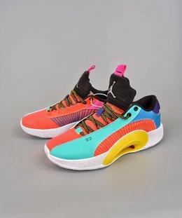 图3_终端放店公司级Air Jordan Jordan XXXV AJ35代 镂空缓震实战运动篮球鞋 新品首发 AJ 最新正代来了 原装实战版本超大面积前后真实ZOOM加持 这款鞋采用隐身的防撕裂基础结构和衣领覆盖层进行了类似的设计 出现了新的颜色在鞋子上 鞋跟品牌 鞋带和鞋绳等区域都用了黑色来进行点缀 官方货号 DJ2831H8SIZE 40 40 5 41 42 42 5 43 44 44 5 45 46