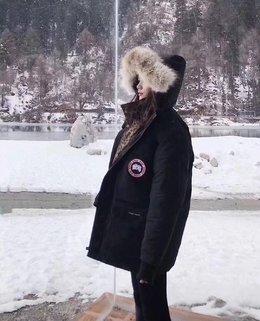 图3_最推荐的经典黑色 耐脏抗寒冬天必备 大鹅要提前囤 苦口婆心说过很多次啦普京 马爸爸 南北极考察对都穿它冬天暖和到穿个半袖在里面都不会冷