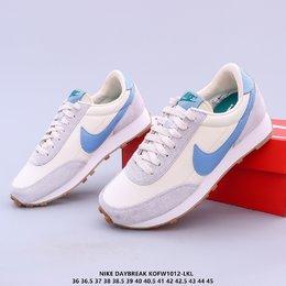 图1_耐克Nike Wmns Daybreak SP HJOG破晓系列华夫复古休闲运动慢跑鞋 原楦原纸版开发数据 采用反绒毛皮拼接牛津布面材质 KOFW1012 LKL货号 CZ0614 300